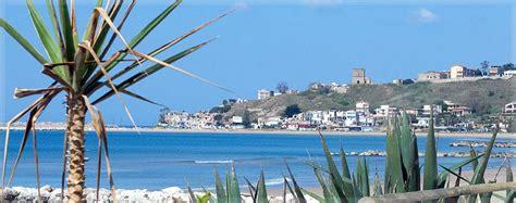 spiaggia porto palo menfi la spiaggia di portopalo di menfi in sicilia