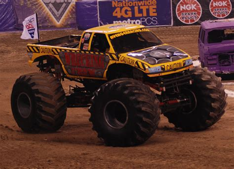 monster truck jam indianapolis monster jam photos indianapolis monster jam 2015