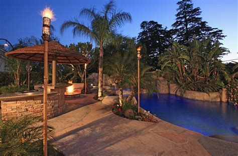 Tiki Torches Backyard by Outdoor Inspiration Cool Tiki Torches To Light Up Your