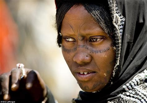 ethiopian tattoos and sudanese tribes show their intricate
