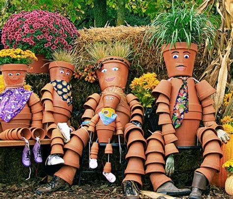 Garten Dekorieren Ideen 3222 gartenm 246 bel ideen die einen hauch kunst in ihrem garten