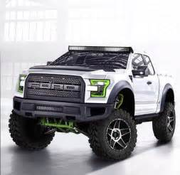 Ford Raptor Weight 2017 Ford Raptor Loses Weight Gets More Power And Tech