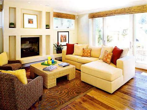 sectional living room layout 16 best images about small family room with fireplace decorating ideas on