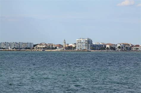escale len escale plage port camargue les alentours