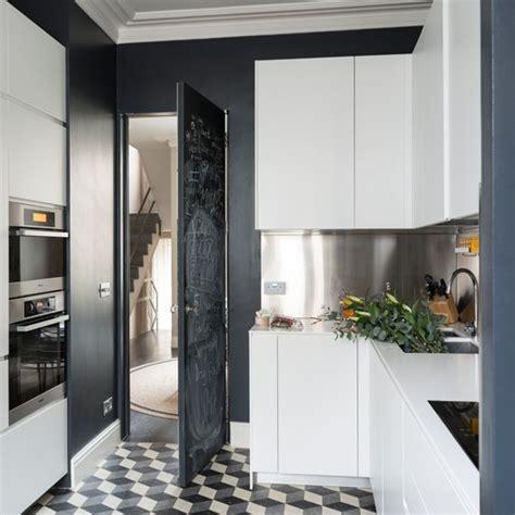 black and white modern kitchen black and white modern kitchen kitchen decorating ideas