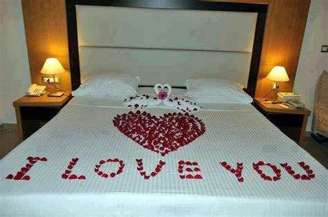 40 Wedding First Night Bed Decoration Ideas ? fun on net