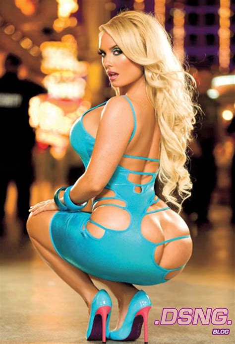 DSNG'S SCI FI MEGAVERSE: COCO AUSTIN   CLASSIC PHOTO GALLERY 2