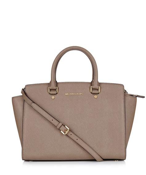 Sale Michael Kors Xentyro 8312 michael kors selma medium dune leather grab bag designer bags sale michael kors bags at