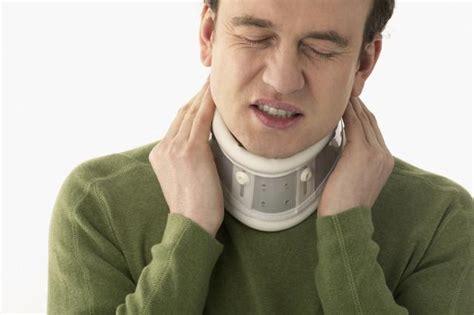 neck brace stiff necked