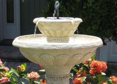 backyard birdbaths  fountains clean bird bath
