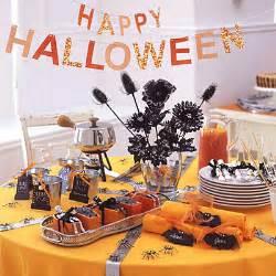 Halloween Table Decorations Ideas 30 Halloween Table Centerpiece Ideas Shelterness