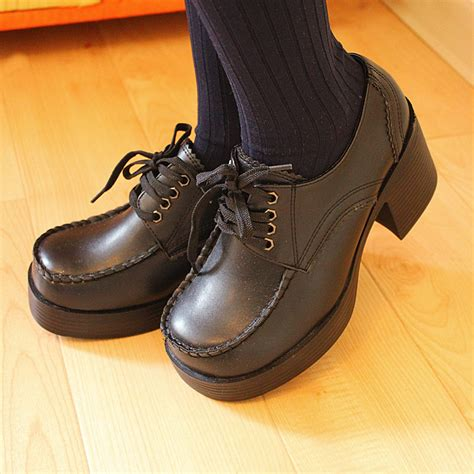 shoes brown and black vintage student toe