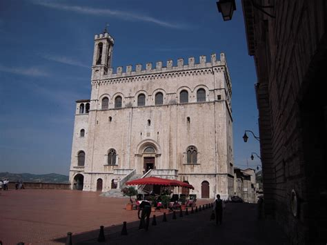 gubbio palazzo dei consoli palazzo dei consoli www umbriatourism it