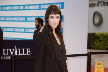 astrid berges frisbey mother astrid berges frisbey 2017 pictures photos images zimbio