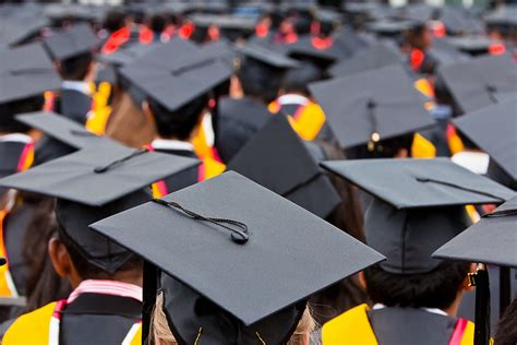 Mba Graduation Pictures Background by Rsvp Deadline For 2012 2013 Commencement