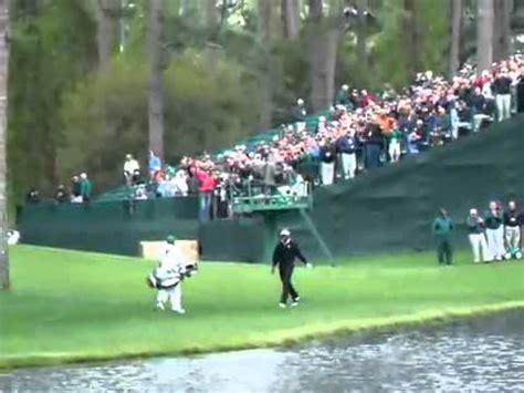 un au golf a peine croyable