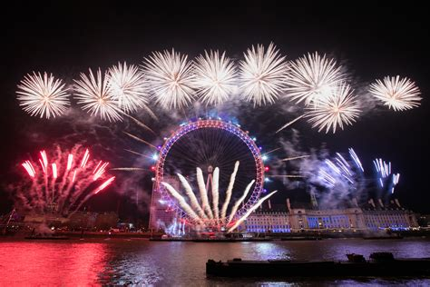 new year sts uk gallery london s nye fireworks access all areas