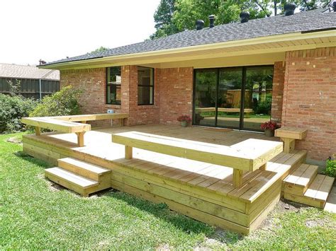 deck bench seating best 25 deck benches ideas on pinterest deck bench