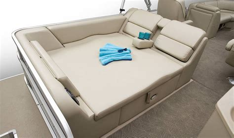 boat with bed and bathroom pontoon boat on pinterest 97 pins
