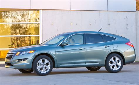 honda crossroad 2014 2012 honda crosstour drops accord from name gets more