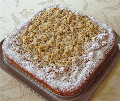 hefeteig kuchen mohnstreusel hefeteig kuchen rezept mit bild