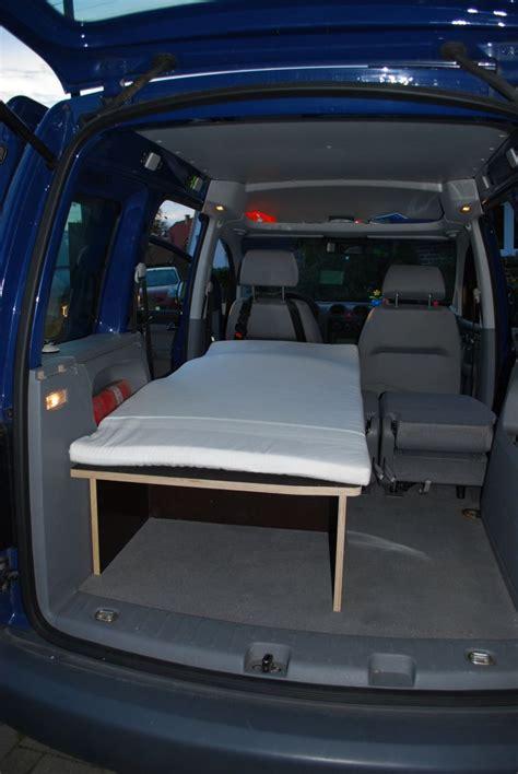 cars bett gebraucht caddy selbstgebautes bett zum 220 bernachten im auto biete