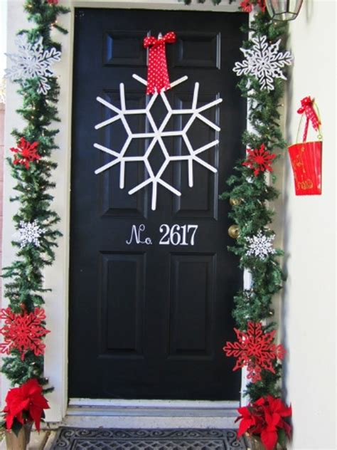 Christmas Living Room christmas door ornaments design