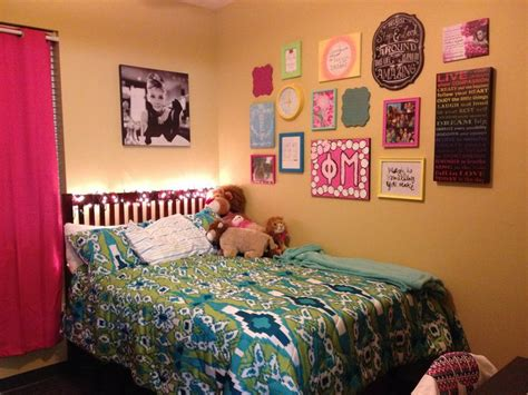 College Room Decor Room Wall Decor Ideas Pinterest Room Walls And Wall Decor