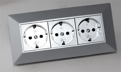 arbeitsplatte ecke 3 fach aufbausteckdose f 252 r k 252 che arbeitsplatte ecke