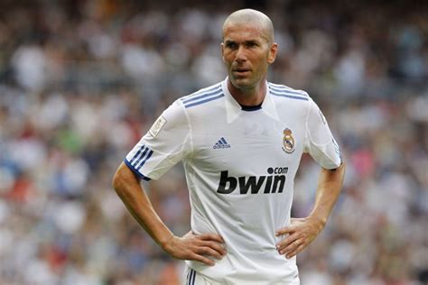 imagenes zidane real madrid zidane looms as real madrid s last roll of the dice