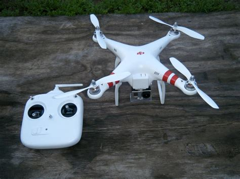 Quadcopter Gopro phantom quadcopter with gopro mount dudeiwantthat