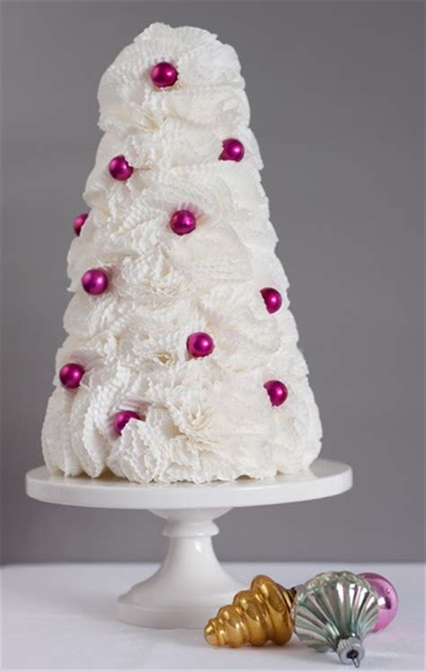 cupcake liner trees two wedding belles two web belles sitting in a tree