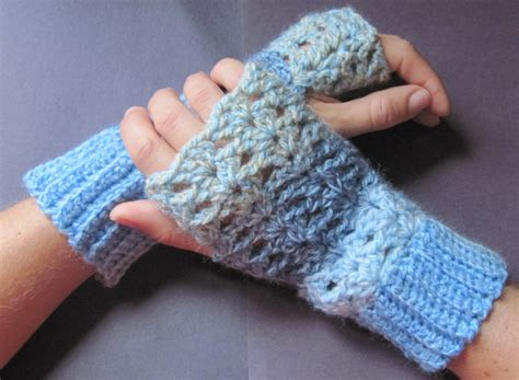 free pattern for crochet fingerless gloves crochet pattern for fingerless gloves crochet club