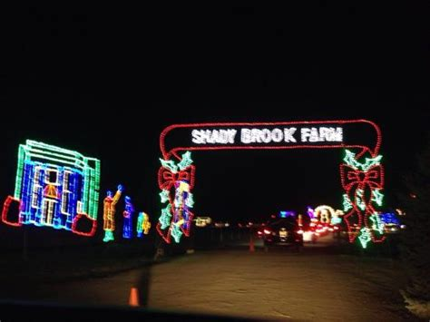 the holiday light show at shady brook farm picture of