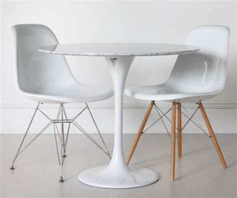small tulip side table small tulip table tedx designs the most beautiful