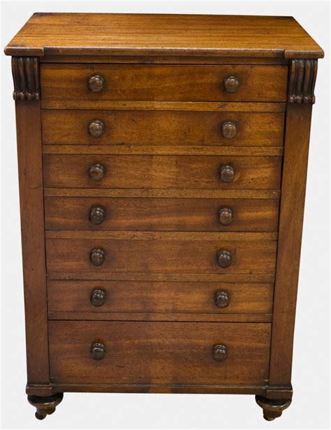 Cedar Drawers by Cedar Lined Chest Of 7 Drawers 251418 Sellingantiques