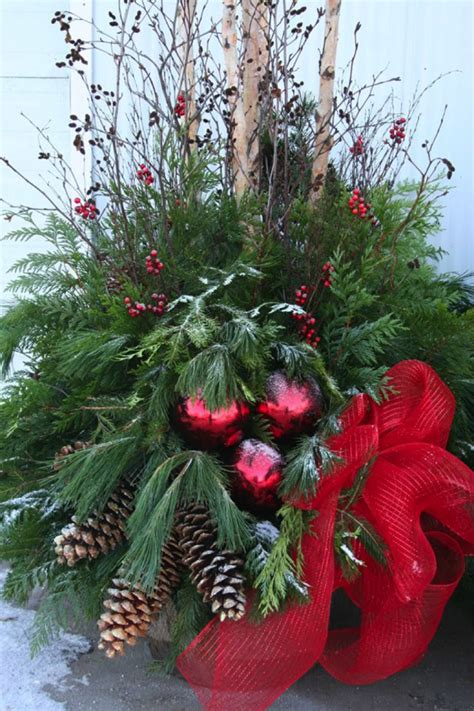 images of outdoor christmas urns outdoor holiday planters
