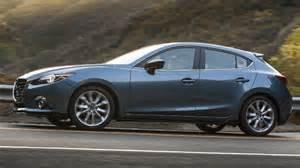 2016 mazda3 sedan vs mazda3 hatchback