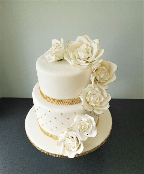 Pin Assembling Multi Tiered Cakes 17 Best Images About Cakes Multi Tier Designs On Pinterest Pretty Cakes Square Cakes And