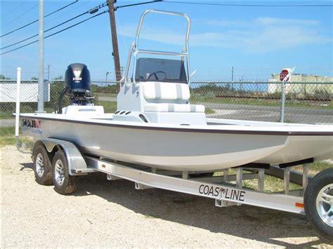majek custom boats majek bay boat 2206 illusion brick7 boats