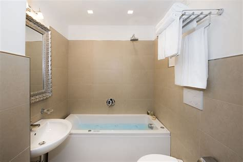 comfort design showers comfort room design with shower room write teens
