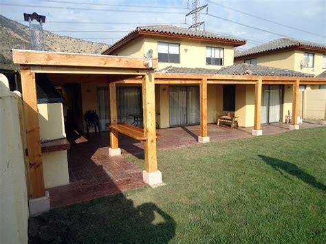 imagenes de jardines y quinchos foto quincho y terraza guechuraba de casas vida hogar