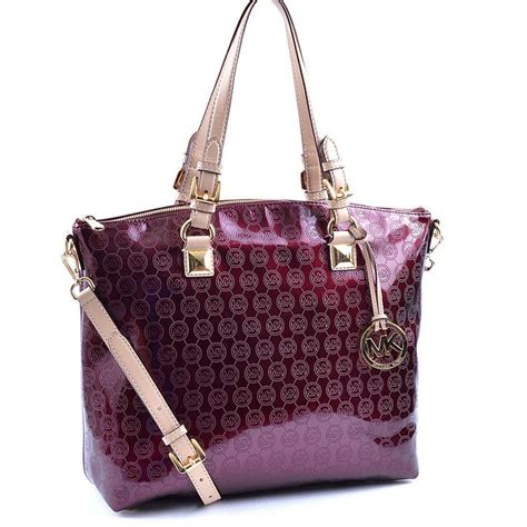 Name That Designer Purse And Suri by 17 Best Images About Authentic Designer Brand Name