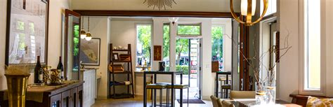 tasting room in downtown healdsburg hartford family winery