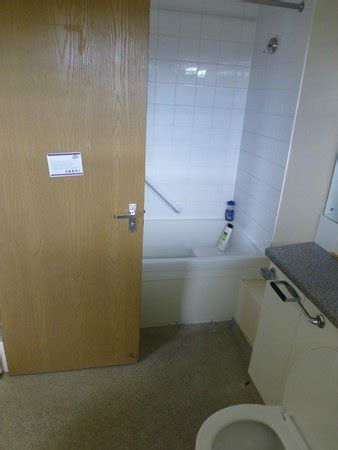 lowestoft bathroom centre bath room picture of pontins pakefield holiday park