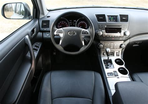 2009 Subaru Forester Interior What To Look For When Buying A Used Toyota Highlander