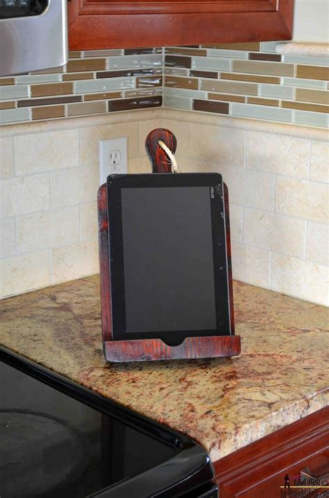 how to make a kitchen recipe board echoes of laughter remodelaholic how to make a tablet holder