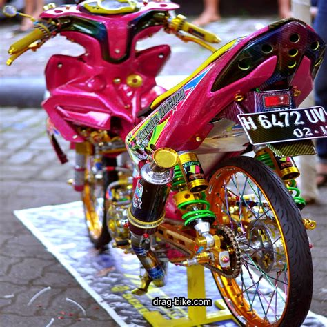 Motor Gambar by Foto Modifikasi Motor Racing Look Modifikasi Yamah Nmax