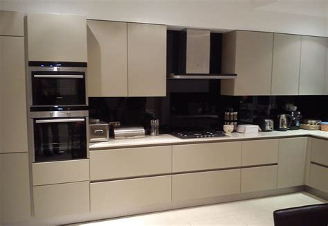 Grey Kitchens by Current Kitchen Colour Trends Kdcuk Ltd