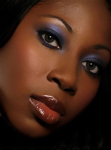 how to apply blush to african american girls eye makeup photoshoot oct2008vendors nashville makeup artist sherita